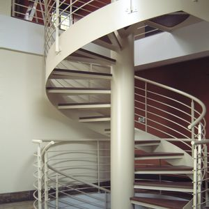 spiral staircase / steel frame / wooden steps / without risers