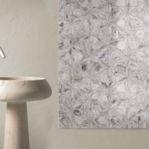 indoor mosaic tile / wall / glass / geometric pattern