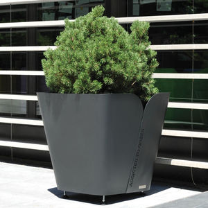 COR-TEN® steel planter