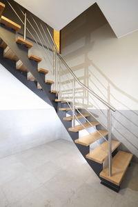 quarter-turn staircase / metal frame / wooden frame / wooden steps