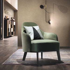 traditional armchair / fabric / leather / beige