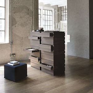 contemporary chiffonier / oak / by Alessandro Dubini