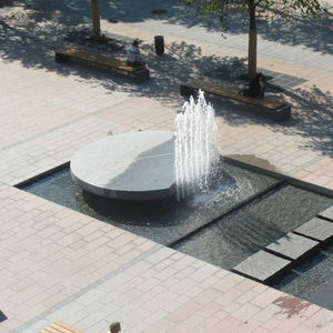 public fountain / natural stone / contemporary