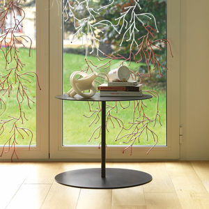 contemporary side table / lacquered metal / sheet metal base / round