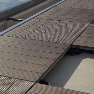 wooden raised access floor