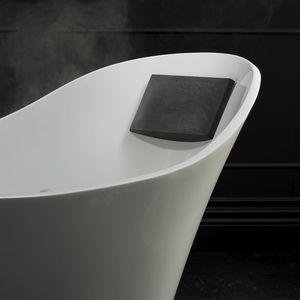bathtub headrest