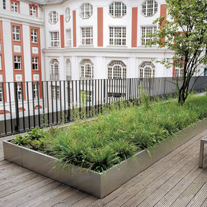 green roof edge