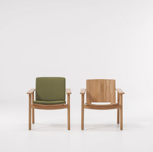 contemporary armchair / teak / club / with removable cushion