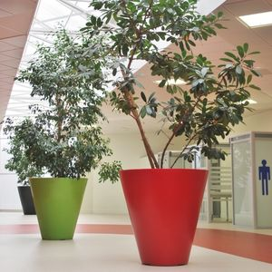 rotomolded polyethylene planter
