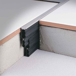 resin expansion joint / for floors