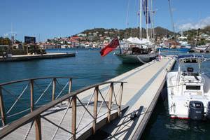 floating dock / concrete / wooden / modular