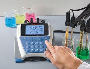 multi-parameter water analyzer / pH / ORP