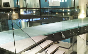 glass flooring / interior / exterior / non-slip