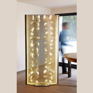 contemporary screen / steel / stainless steel / commercial