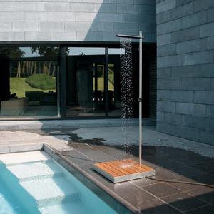 pool garden shower