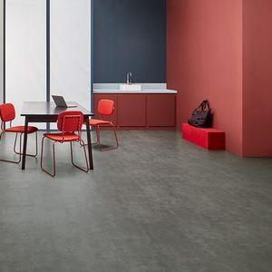 vinyl flooring / interior / non-slip / high-resistance