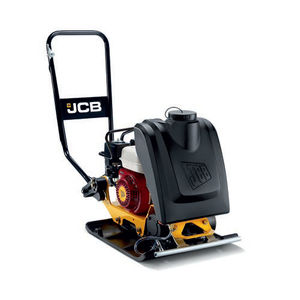 forward travel plate compactor