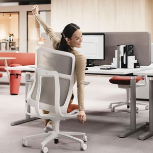 contemporary office chair / on casters / star base / with armrests