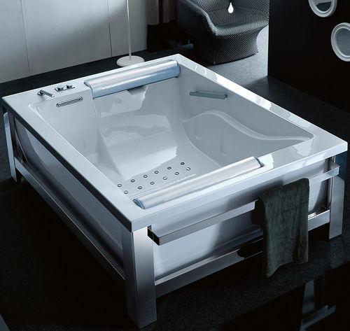 free-standing bathtub / steel / double / hydromassage