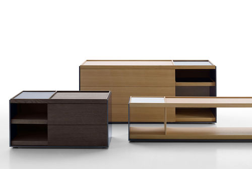 contemporary chest of drawers / wooden / lacquered MDF