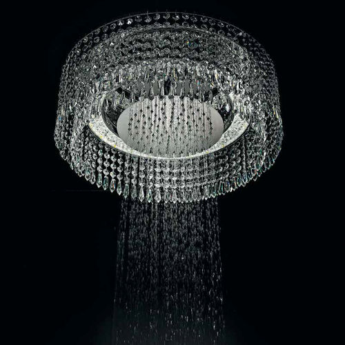 ceiling-mounted shower head