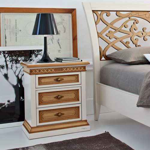 traditional bedside table / oak / walnut / cherrywood