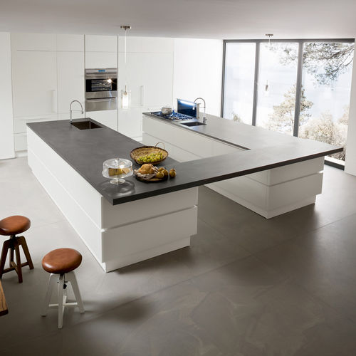 contemporary kitchen / glass / stainless steel / island