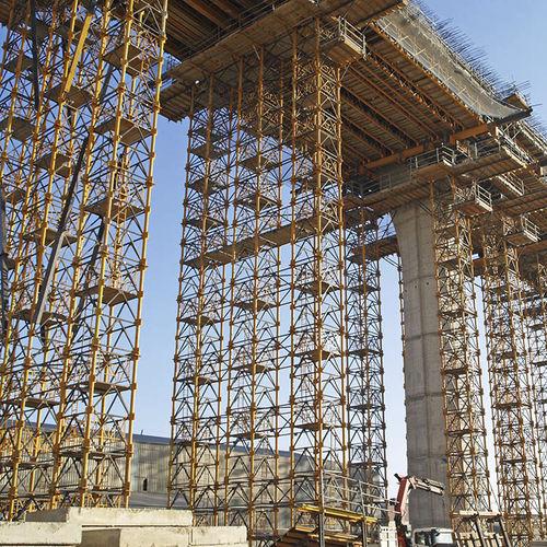 steel shoring tower