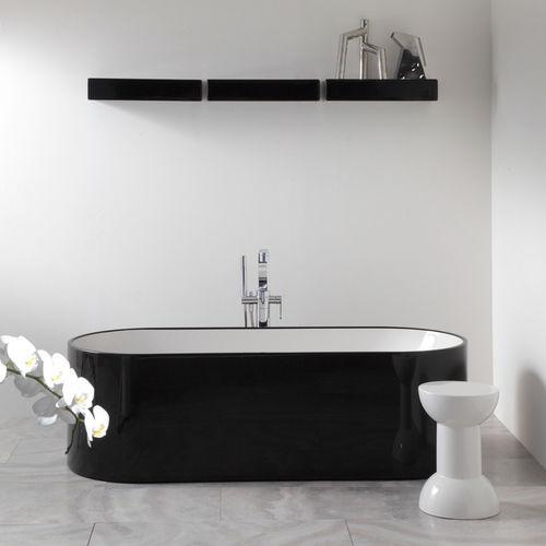 free-standing bathtub / oval / Pietraluce® / by Giulio Cappellini
