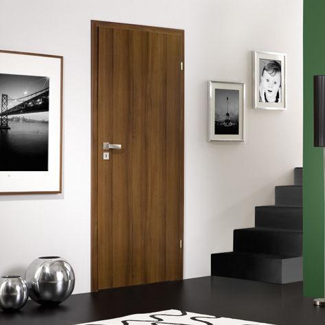 interior door / swing / wooden