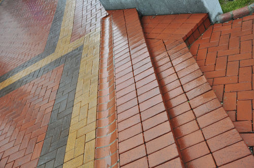terracotta drainage channel / double-slope / for public spaces / paved
