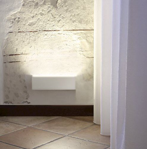 contemporary wall light / metal / LED / linear