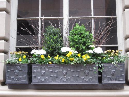 fiberglass planter / rectangular / traditional
