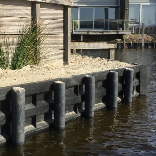 recycled plastic retaining wall / prefab / for garden enclosures