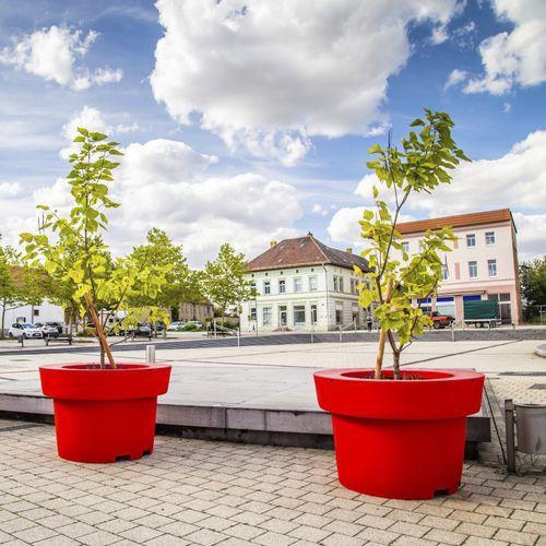 polyethylene planter - Terra Group