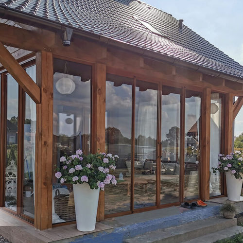self-supporting conservatory
