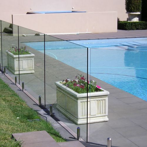 glass railing / with panels / outdoor / for stairs