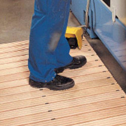 beech grating / for industrial flooring / non-slip / security