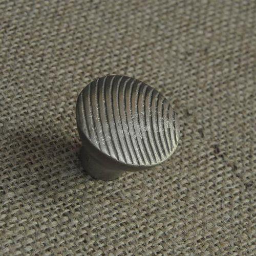 traditional furniture knob / bronze / alloy