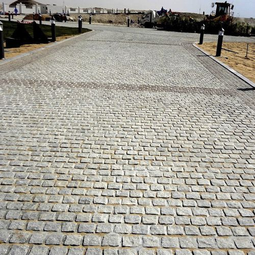 granite paver / drive-over / pedestrian / for public spaces