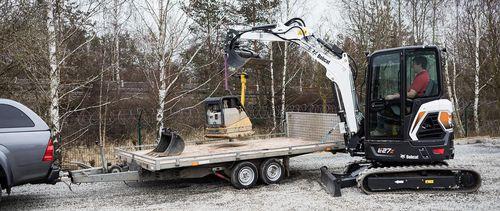 mini excavator / crawler / compact / swivel