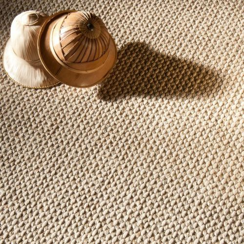 Woven rug / contemporary / plain / wool