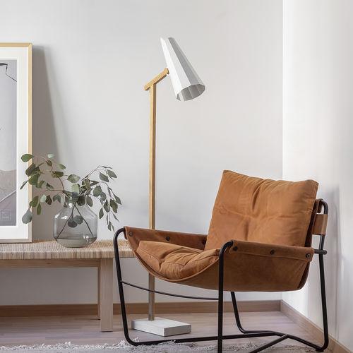 floor-standing lamp / contemporary / aluminum / oak