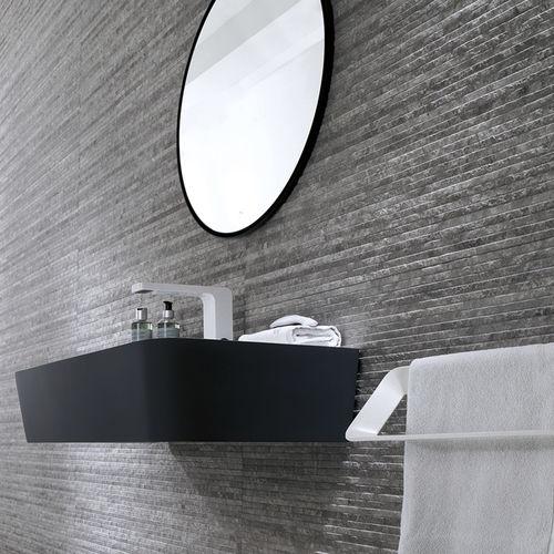 bathroom tile / wall / ceramic / rectangular
