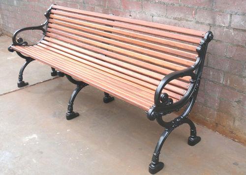 public bench / classic / wooden / cast iron