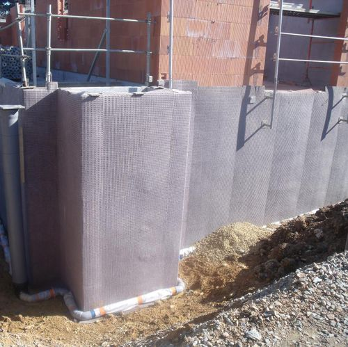 polypropylene drainage membrane / protection / water retention / for subsurface walls