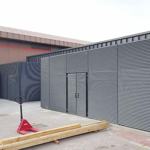louvered screening