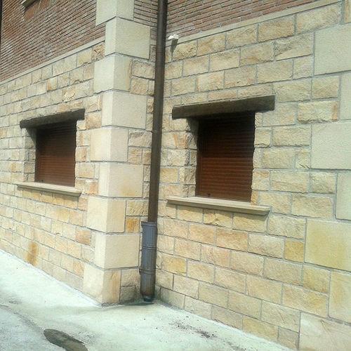 sandstone wall cladding panel / exterior / interior / natural