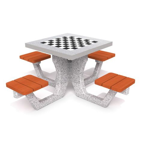 traditional chess table