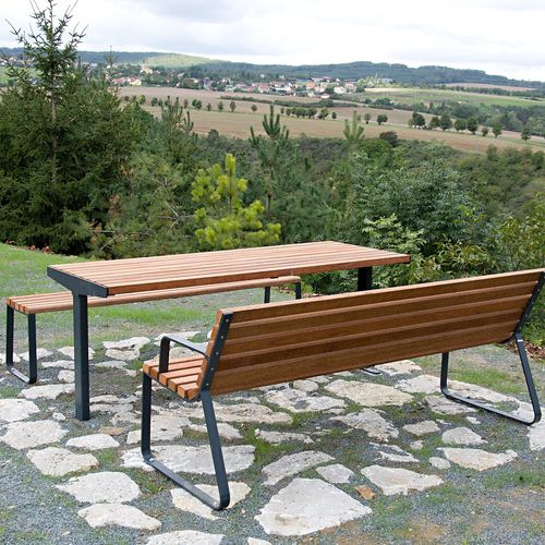 contemporary table - STREETPARK s.r.o.